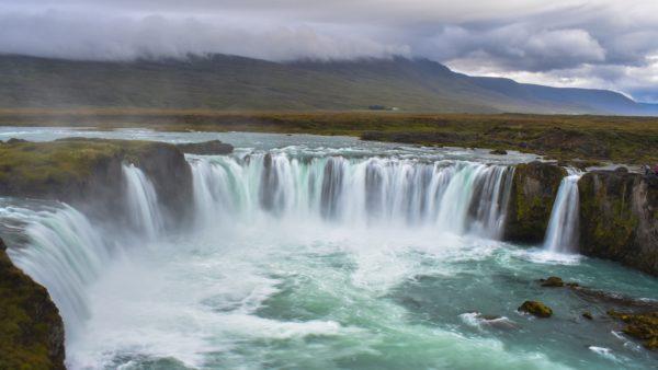 Podróż przez krainę wodospadów 10