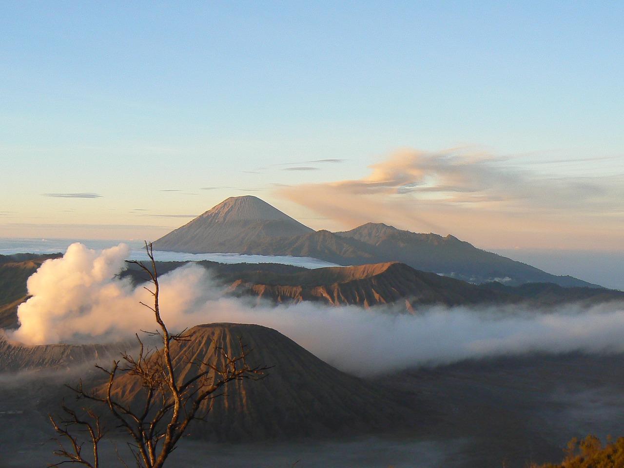 Jawa wyspa co zobaczyć ciekawostki
