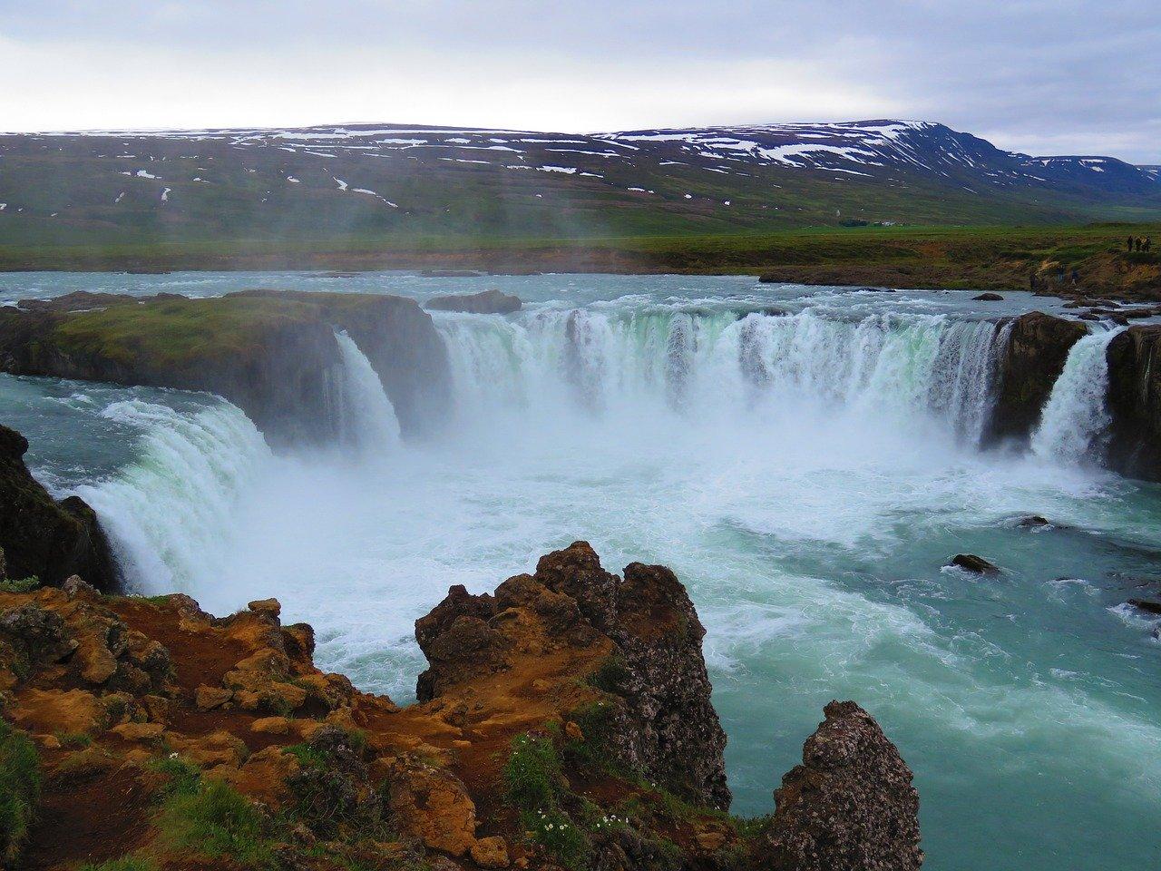 Islandia – 5 wodospadów, dla których stracisz głowę 4