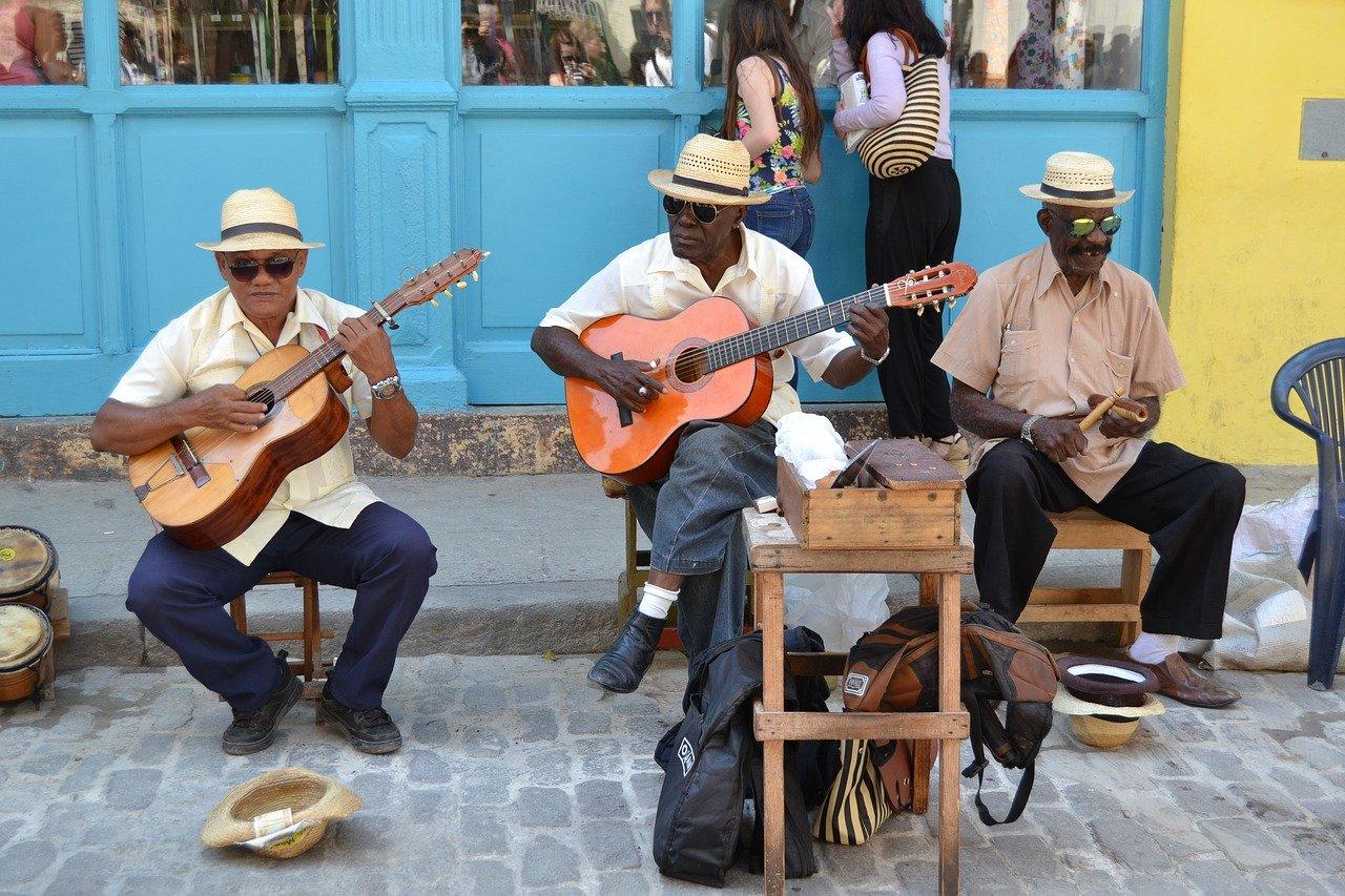 Kuba – kraj ognistej salsy i rumu