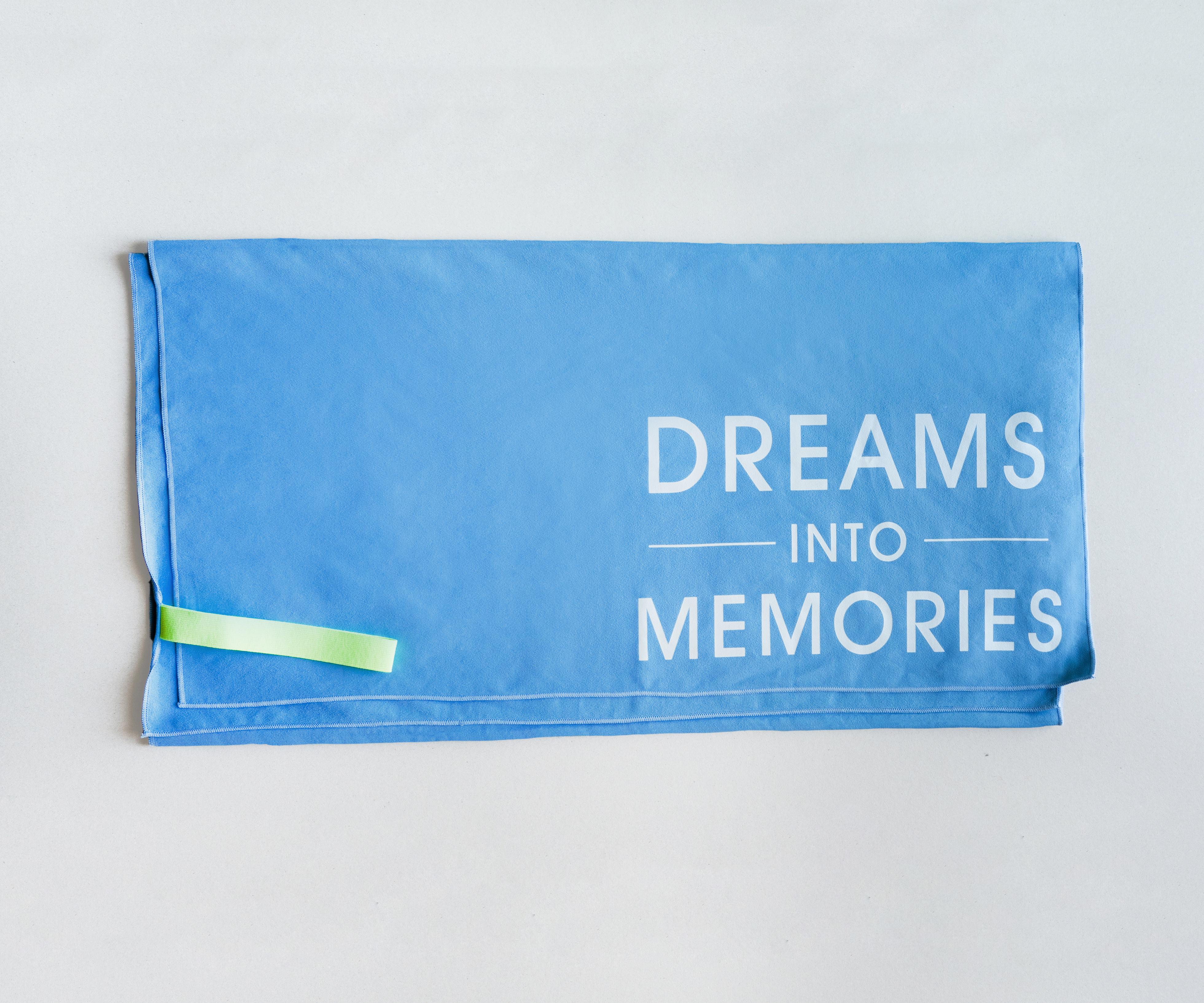 Szybkoschnący ręcznik - Dreams Into Memories 1
